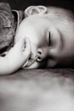 Artikel: Nachtangst en dromen: zó zorg je voor een rustige nacht | Kiind Magazine