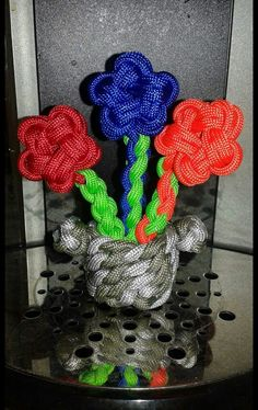 Paracord Flowers