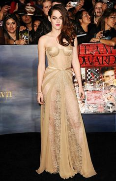Kristen Stewart in a gorgeous Zuhair Murad nude lace and silk paneled gown