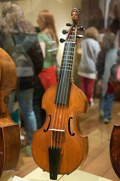 The pardessus was most popular in French-speaking countries, but by 1770 it was starting to disappear from the landscape as viols generally were being eclipsed by modern stringed instruments.[http://en.wikipedia.org/wiki/Pardessus_de_viole]