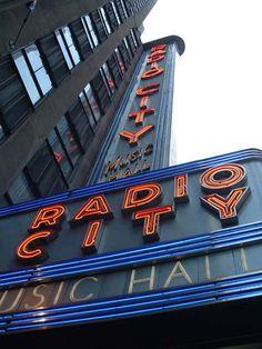 New York Architecture Images- Radio City Music Hall New York Architecture, Architecture Images, Art Deco Decor, Art Deco Home, Places In New York, New York Christmas, Radio City Music Hall, Brooklyn Nyc, Studio City
