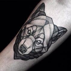 #bear #beartattoo #dotwork #dotworktattoo #symmetry #geometry #blackworkers…