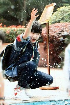 Cứ mãi cười như vậy nhé!!! Wang Jun Kai!!!
