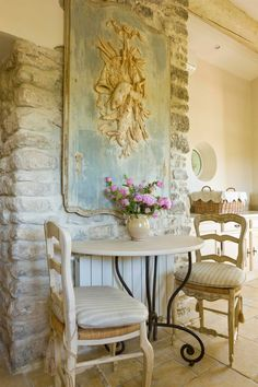 A Provençal boiserie with its original paint anchors a small breakfast nook within the kitchen. Decor, French Country House, French Country Decorating, Parisian Kitchen, Country Decor, Home Decor, Country House Decor, Shabby Chic Homes, French Country Kitchens