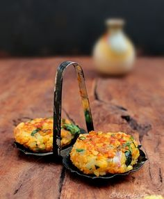 Two versions of Patties/Tikki - An Indian savory snack, perfect for travel and picnic. Healthy and filling too.
