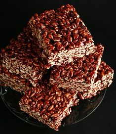 Puffed Wheat Squares -making a batch for the weekend camping trip. Puffed Wheat Cake, Puffed Wheat Squares, Puffed Rice, Epicure Recipes, Honey Recipes, Baking Recipes, Dessert Recipes, Desserts, Wheat Cake Recipe