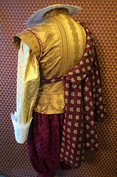 Emperor's New Clothes - Back Renaissance Fair Costume, Renaissance Fashion, Mens Renaissance Clothing, Broadway Costumes, Cool Costumes, Pirate Costumes, Historical Costume, Historical Clothing, Mens Garb