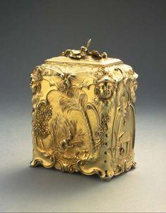 Antique tea caddy by Paul de Lamerie, Tea Canisters, Tea Tins, Tea Container, Tea Strainer, Antique Boxes, Rococo Style, Tea Caddy, Tea Art, Tea Service