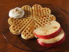 Delicious Food, Waffles, Good Food, Drink, Breakfast, Morning Coffee, Beverage, Yummy Food, Waffle
