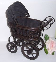 Victorian baby doll carriage to go with my reborn baby or babies, LOL Victorian Dolls, Victorian Dollhouse, Vintage Dolls, Doll Toys, Baby Dolls, Old Fashioned Toys, Baby Doll Accessories, Dolls Prams, Pram Stroller