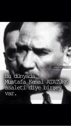 Yüreğinde Atatürk sevgisi olan tüm dostlarıma günaydın :-) Mutlu ve huzurlu bir pazar günü dilerim pic.twitter.com/BxQYDyC5Pi