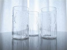 """Iittala """"Flora"""" Glass Tumbler  1stDesign-1966 Design : Oiva Toikka   Product : Iittala Finland http://femtrenoll.com/archives/4291"""