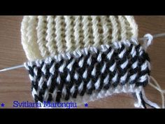 Cappellino ai ferri uomo/donna - Tutorial cuffia unisex double face - punto nocciolina ai ferri - YouTube Lace Knitting Patterns, Knitting Stitches, Free Crochet, Knit Crochet, Crochet Hats, Cable Needle, Knitting Videos, Knitted Hats, Beanie