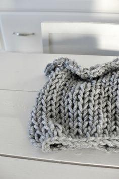 Strikk et trylleskjerf // knit a scarf