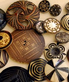Vintage brown and cream celluloid buttons.