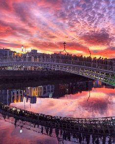 Have you ever seen Dublin looking so spectacular? Tap this image to visit our Instagram account for more stunning Ireland travel photography.