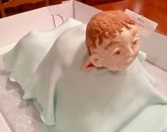 Just tell yourself this is a creepy old man poking his head out of sheet, and you MIGHT only scream for, like, a second or two Cake Wrecks - Home Scary Cakes, Bad Cakes, Gross Cakes, Baby Shower Favors, Baby Shower Cakes, Baby Shower Decorations, Birth Cakes, Elephant Cakes, Bun In The Oven