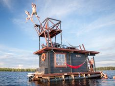 Houseboat Sauna Sustainably Designed for Guilt-Free Enjoyment
