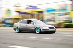 Slammed VW Passat Wagon | McLaren MP4-12C: Xtreme low 3BG...