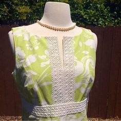 🆕 Ann Taylor Dress Floral pattern in soft lime yellow/green accented by embroidery under bust line. Straight skirt, fully lined. 100% cotton. In flawless like new condition from a pet/smoke free home. Ann Taylor Dresses