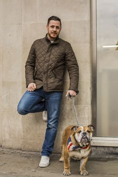 'We loved this casual look when we met Michael in London. is wearing the Flyweight Chelsea Jacket and is joined by Dave the Bulldog who looks super cool in his union jack neck tie. think that Dave would look fab in a Barbour too. Preppy Mens Fashion, Men's Fashion, Preppy Style, My Style, Art Of Manliness, Wax Jackets, Union Jack, We The People, Gq
