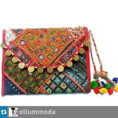 muchas gracias @otiummoda  Nos encanta!!!!! Clutch Noname disponible www.dandua.com #bydandua #moda#complementos #fashion #instafashion #Clutch #vacontodo