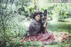 Marta Kubišová Collateral Beauty, Victorian, Celebrities, Pet Lovers, Travel, Packing, Pictures, Bag Packaging, Celebs