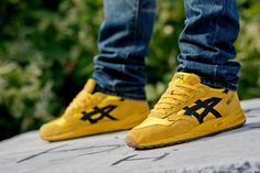 Asics Gel Saga: Yellow