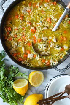 Lemon Chicken Orzo Soup - Damn Delicious Fall Soup Recipes, Chili Recipes, Lemon Chicken Orzo Soup, Chicken Soup, Cooking Recipes, Healthy Recipes, Healthy Options, Yummy Recipes, Recipies