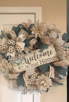 Burlap Crafts, Wreath Crafts, Diy Wreath, Wreath Ideas, Wreath Making, Easter Wreaths, Holiday Wreaths, Country Wreaths, Deco Mesh Wreaths