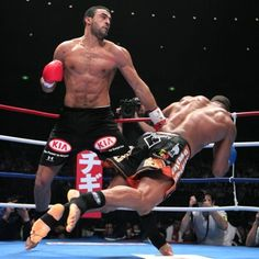 Badr Hari knocking out Alistar Overeem.  Badr Hari born 8 December 1984 in Amsterdam is a Moroccan-Dutch super heavyweight kickboxer from the Netherlands, fighting out of Mike's Gym in Oostzaan. He is a former K-1 Heavyweight champion (2007—2008), It's Showtime Heavyweight world champion (2009-2010) and K-1 World Grand Prix 2009 finalist.Hari has been a prominent figure in the world of kickboxing and considered one of the best kickboxers in the world.