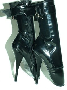 Black pvc ballet boots with padlock http://www.obuwie-erotyczne.pl/item.html/id/4018197165