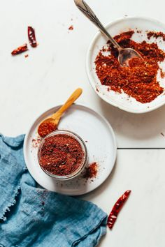 DIY Chili Powder! SO EASY and perfect for soups, chili, dry rubs, and more! #recipes #chilipowder #plantbased #glutenfree #minimalistbaker