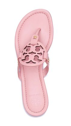 An extremely comfortable style for sunny days and warm getaways, our popular Miller Sandal — in smooth pink leather with a laser-cut logo — goes with just about anything in your wardrobe. Pretty Shoes, Cute Shoes, Me Too Shoes, Fall Shoes, Summer Shoes, Pink Summer, Summer Sandals, Look Fashion, Fashion Shoes