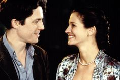 Julia Roberts, Hugh Grant, Notting Hill - Most iconic movie couples of all time Hugh Grant Julia Roberts, Julia Roberts Notting Hill, Best Romantic Comedies, Romantic Movies, Most Romantic, Famous Movies, Iconic Movies, Great Movies, 90s Movies