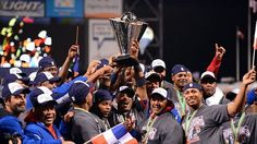 Dominican Republic become the first team to win UNDEFEATED... 2013 World Baseball Classic.