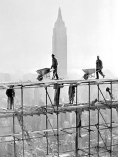 Silhueta do Empire State em construção Impressão artística