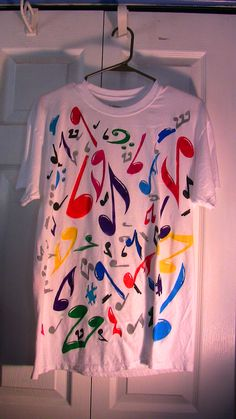 A colorful way to wear music
