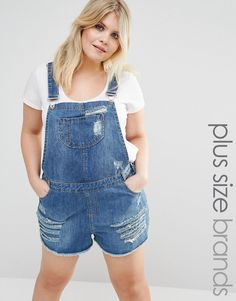 Buy Missguided Plus Distressed Denim Dungaree Short at ASOS. Get the latest trends with ASOS now. Denim Dungaree Shorts, Dungarees Outfits, Denim Romper, Overalls, Trendy Plus Size Fashion, Plus Size Womens Clothing, Plus Size Outfits, Clothes For Women, Salopette Short