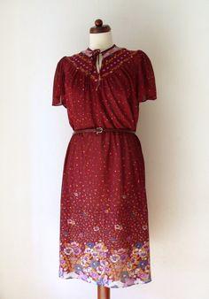 Vintage 1970's Dress  Burgundy Poly Dress  von PaperdollVintageShop, €34,90