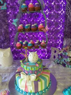 Owl themed baby shower party cake! See more party planning ideas at CatchMyParty.com!