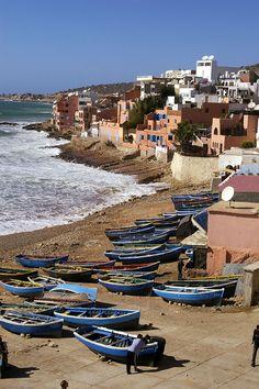Taghazout justo al norte de Agadir a lo largo de la carretera de la costa a Essaouira perfecto para el surf de invierno