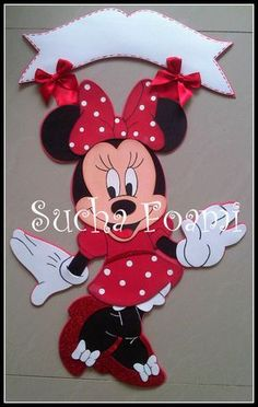 Mickey Mouse Toys, Minnie Mouse Party, Mouse Parties, Foam Crafts, Diy And Crafts, Paper Crafts, Anniversaire Hello Kitty, Miki Mouse, Disney Cookies