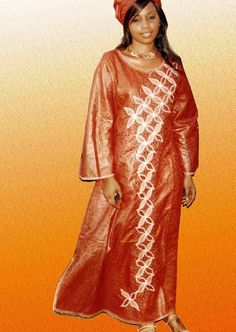DF 013 - Photo de 5 Robes brodées - Darou Fanay Couture