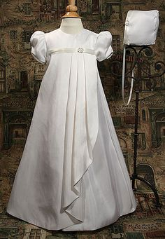 Baptism Dress. Only 8 yr old girl sized, not toddler sized... my mom could make this..?