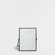 MIRROR WITH A BLACK METALLIC FRAME - Bath accessories - Bathroom | Zara Home United States of America