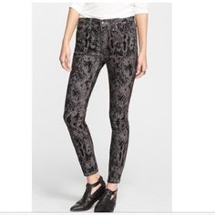 """Free People High Waist, Velvet Flocked jeans. NWT Free People high waist skinny jeans. Black abstract velvet flocked print over charcoal gray. Zip fly with button closure. 5-pocket style. 78% Cotton, 20% Polyester, 2% Spandex. Measurements: 9"""" leg opening; 27"""" inseam; 9"""" rise, 11"""" back rise. trades PayPal offers. Free People Jeans Skinny"""