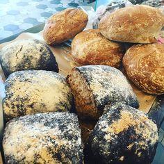 Bröd bullar och kakor kvar!! Välkomna#välkomna #sockermajas #bakery