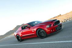 2013 Shelby gt500 supersnake. Over 850hp stock. Wooow