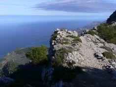Excursiones por Mallorca: Camino del Archiduque  Proponemos una excursión circular que se origina y acaba en la preciosa localidad de Valldemossa.   http://www.inmonova.com/blog/excursiones-por-mallorca-camino-del-archiduque/